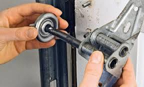 Garage Door Tracks Repair Tigard